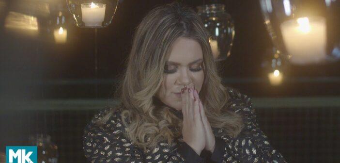 Sarah Farias - O Céu Está me Sustentando com letras - baixar - vídeo