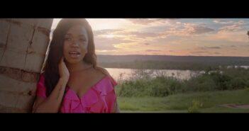 Cl Fénix feat. Anna Joyce - Melancolia Prod by Xixi Beat com letras - baixar - vídeo