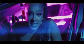 Felishia - Bad Girl com letras - baixar - vídeo