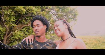 Gee Freshh feat Taylor Weedais Nkre casa ku bo Offcial com letras - baixar - vídeo