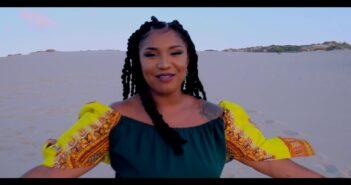"Kaylee ""Me Guia"" 2019 By DIAMONT Ent. com letras - baixar - vídeo"