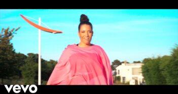 Nina R.A.E. - Passa Palavra Prod Mr Marley com letras - baixar - vídeo
