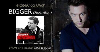 Bigger (feat. Akon) letras - baixar - vídeo Steven Cooper