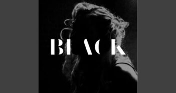 Black letras - baixar - vídeo Kari Kimmel