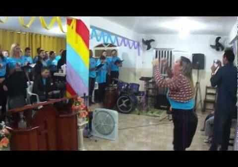 Santo É O Senhor (novo) com letras - baixar - vídeo