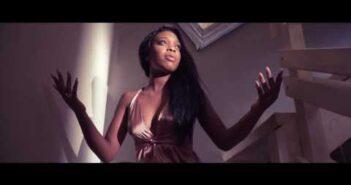 """Yasmine feat. Badoxa """"Perfume"""" (OFFICIAL VIDEO) [2017] By É-Karga Music Ent."""